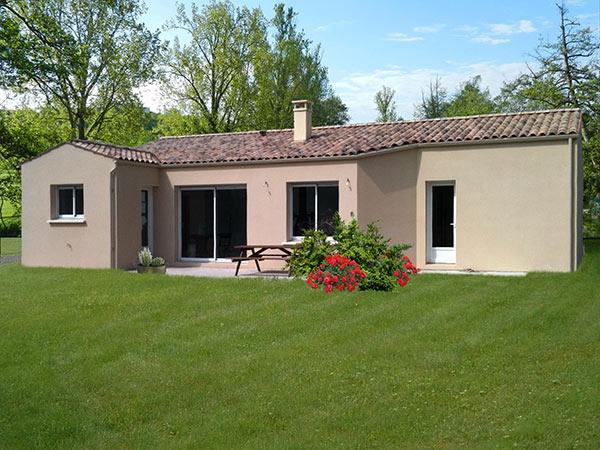 Une réalisation de Art Construction constructeur de maison en Charente Maritime